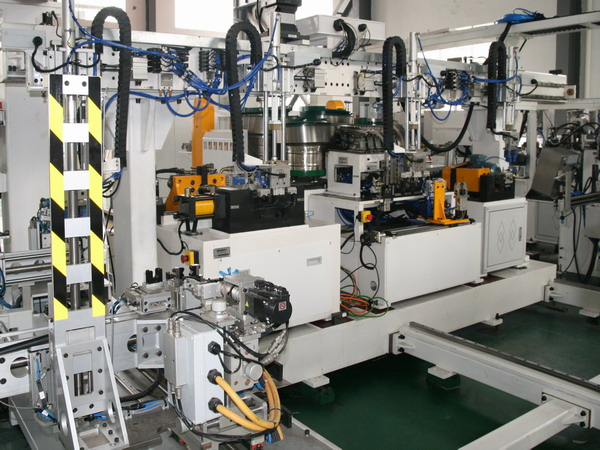 With Nut Sleeve Robot Tube Production Line